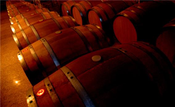 欧式工业风红酒庄