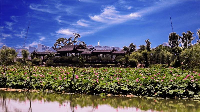 西海湾景区位于江西省九江市庐山西海风景名胜区山水武宁城区,景区是